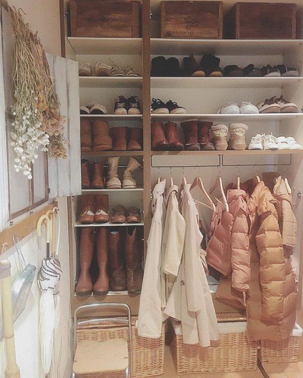 靴箱の便利な引っ掛け収納