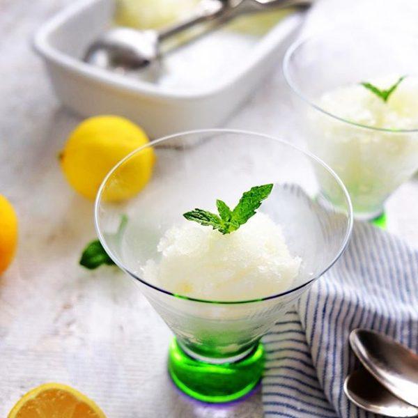 大人味♪レモンと白ワインのグラニテ