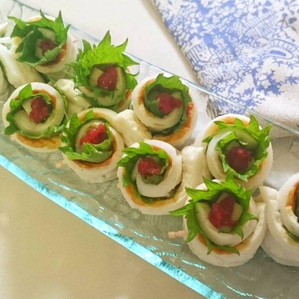 牡蠣鍋とマッチ☆さっぱりレシピのちくわの梅しそチーズ巻き