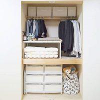 【ニトリ】の押入れ収納アイデアを特集!場所を取る布団や本をすっきり収納できる!