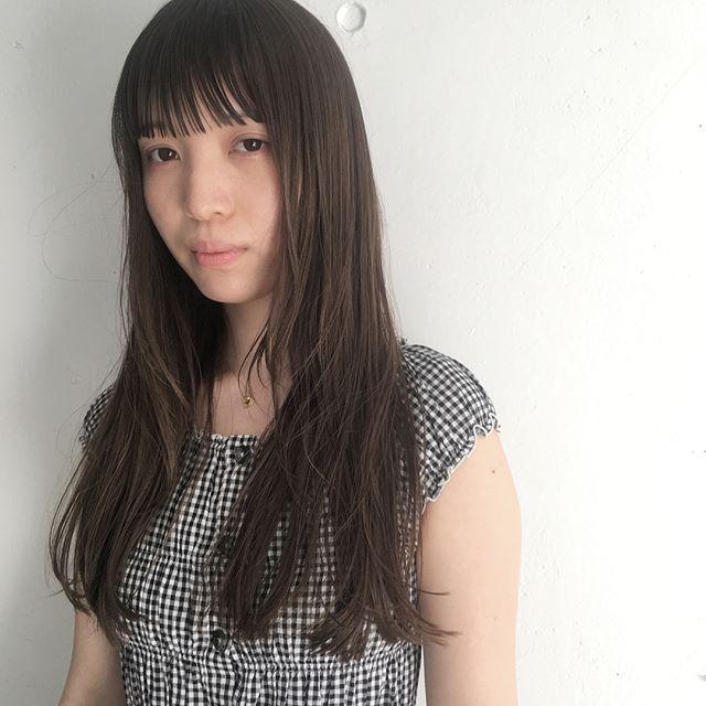 黒髪ロング ストレート おろし髪