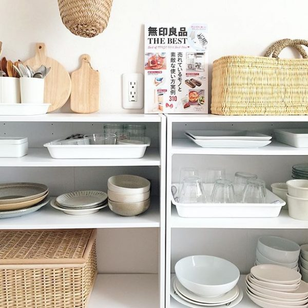 食器棚の代わりに使うおしゃれな収納