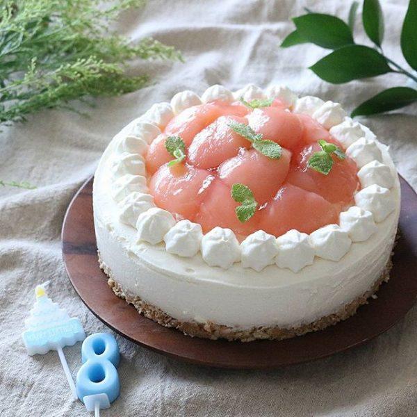 意外と簡単!桃のレアチーズケーキ