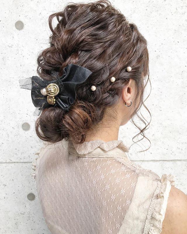 ヘアアクセとお団子×編み込みヘア