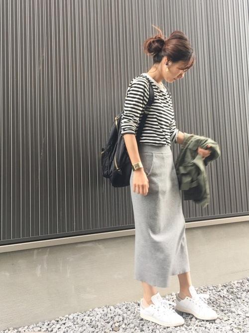 ボーダーT×タイトスカート