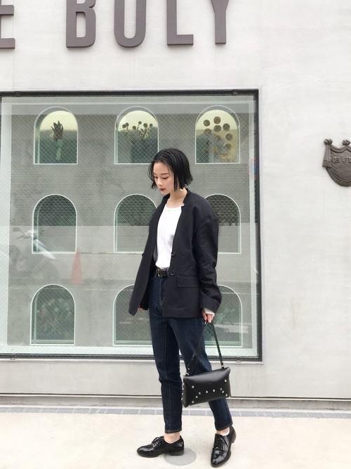 黒髪ショートに似合うファッション7