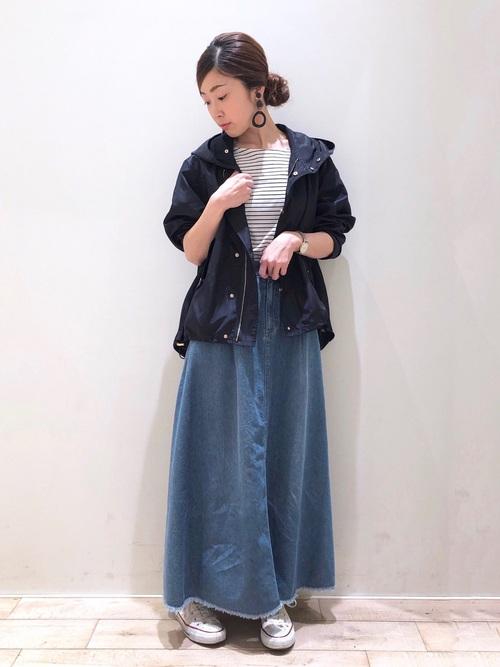 ブルゾン×デニムフレアスカート