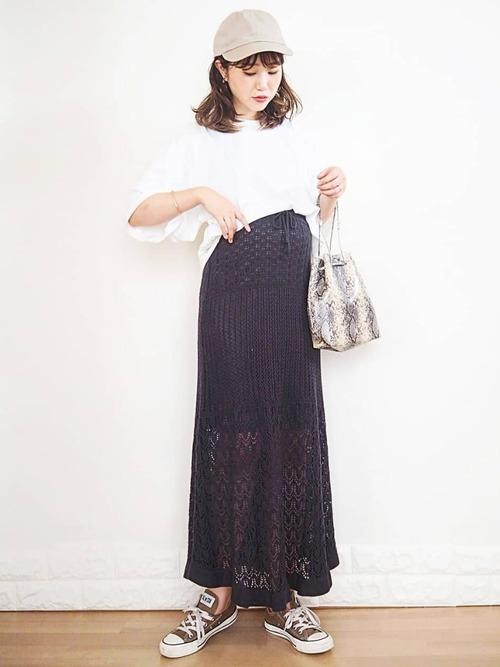 GUレースニットスカート×白Tシャツ