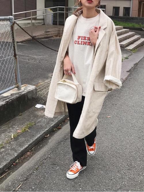 ビッグジャケット×ロゴTシャツ