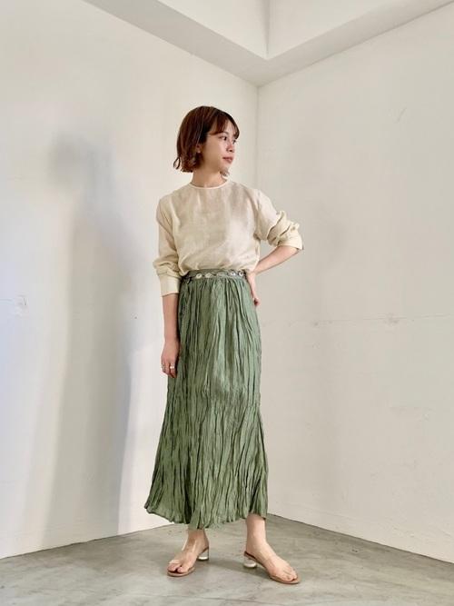 シアートップス×プリーツスカート