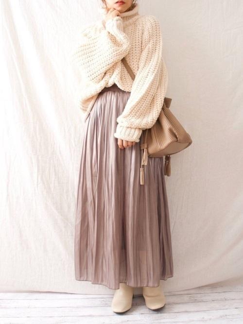 しまむらのピンクプリーツスカート