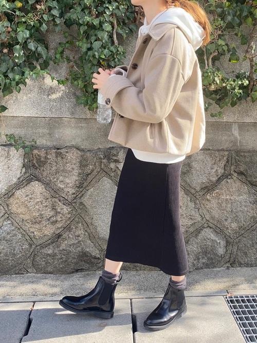 ユニクロ黒タイトスカート
