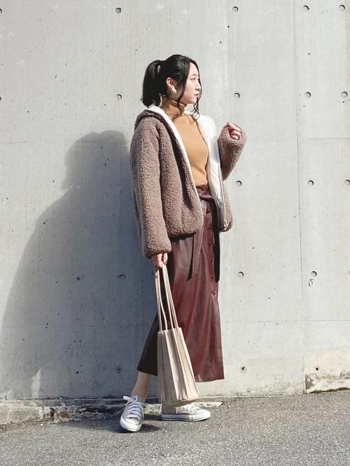 ZARAレザー風スカート