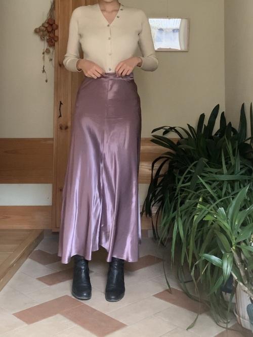 ZARAサテンスカート