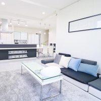 10畳の縦長1LDKのレイアウト実例集!広く見せる家具配置のコツって?