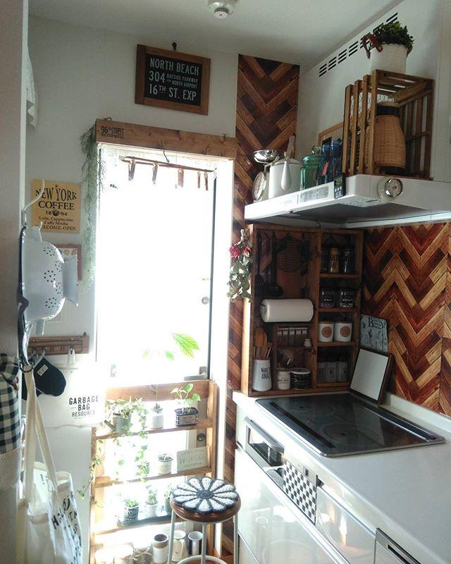 ナチュラルカントリーな木目が素敵なキッチン実例
