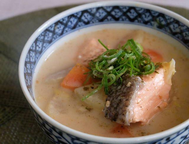 ほっこりする味♪鮭の粕汁