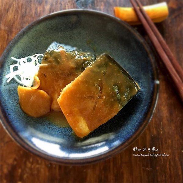 朝ごはんに人気の魚レシピ!さばの味噌煮