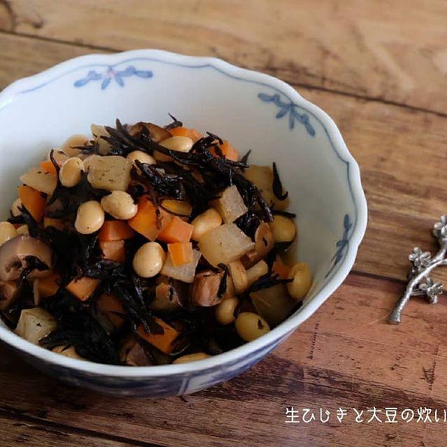 春が美味しい!生ひじきと大豆の炊いたん