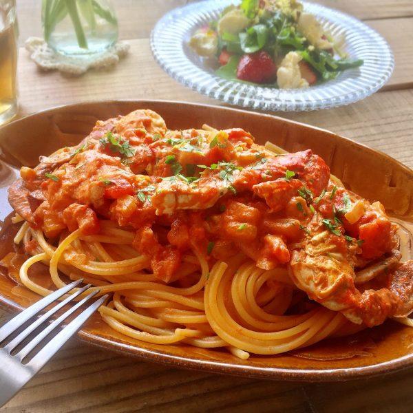 春が旬のワタリガニの贅沢レシピのパスタ
