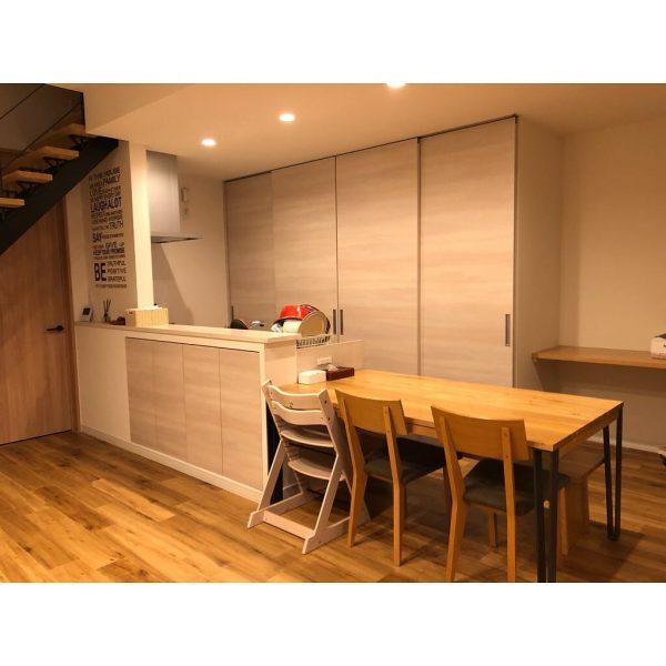 7畳向けダイニングキッチンレイアウト テーブル3