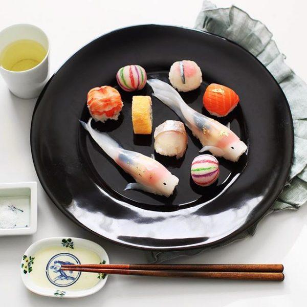 魚が泳いでいる!丹匠・錦鯉の姿寿司