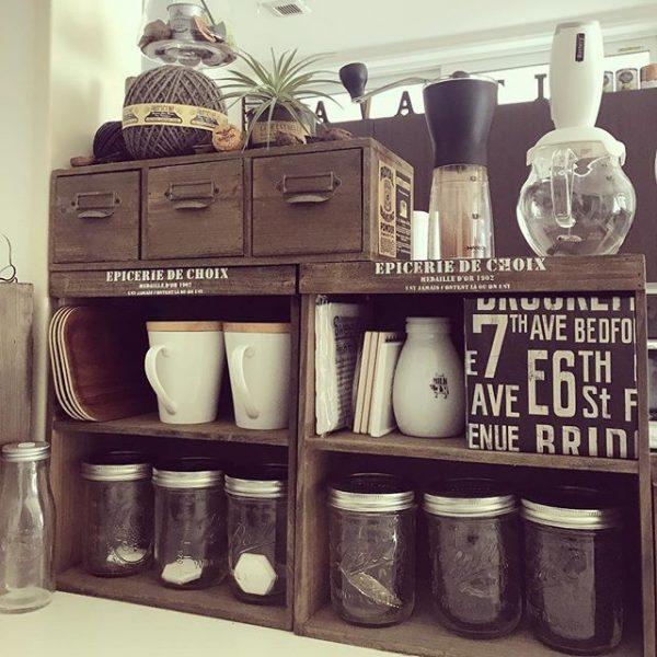カフェ風の棚でティーバッグを可愛く収納