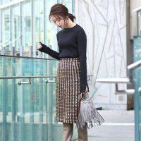 《茶色スカート》をおしゃれに着こなす!オールシーズン使える大人女子コーデ
