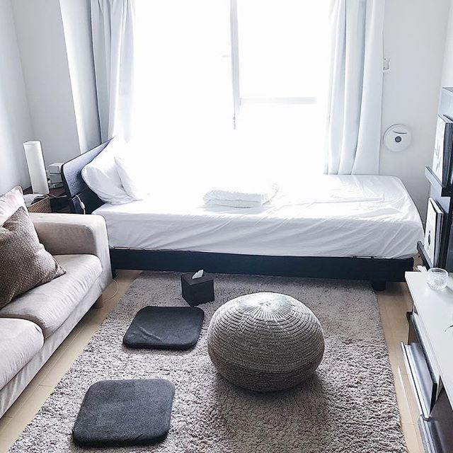 一人暮らしでも重宝するテレビとソファの配置