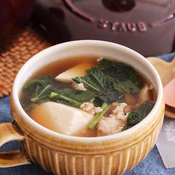 豆腐とモロヘイヤの温かスープ