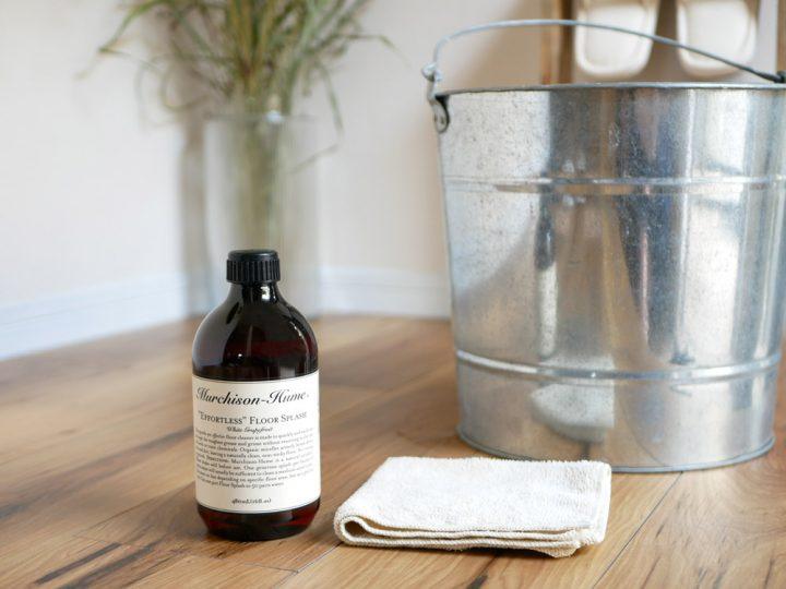 床・フローリング用洗剤」と「家具・ソファ・窓ガラス用洗剤」3