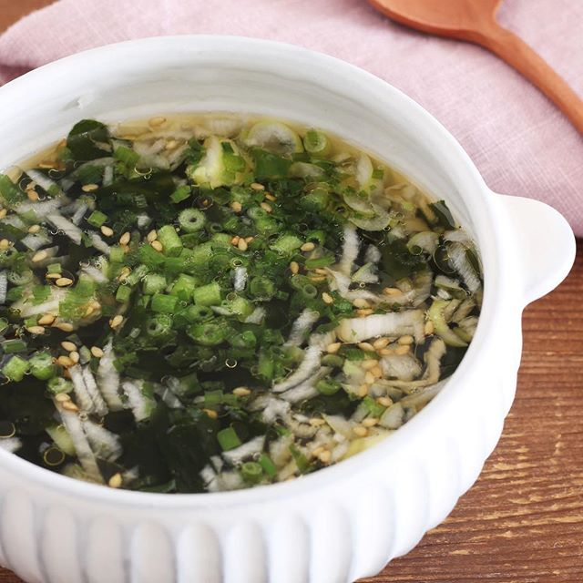 簡単美味しい!即席わかめスープ