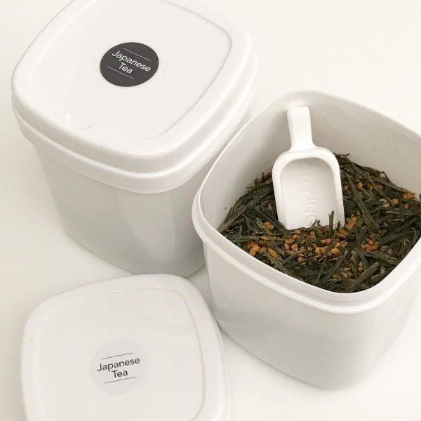 調味料やお茶のボトルに貼るラベルシール
