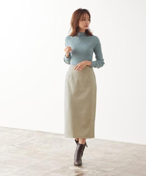 カットスエードタイトスカート