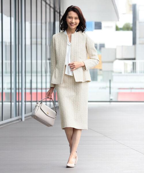 ツイード白ジャケット×ツイードスカート