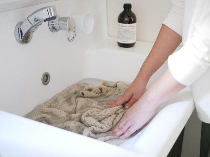 「衣類用洗剤」と「衣類ケアスプレー」4
