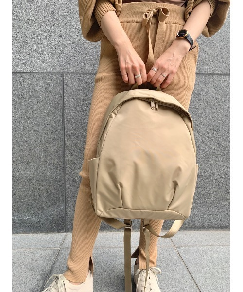 【emmi atelier】ファンクショナルバックパック