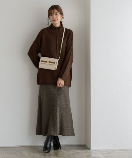 茶色スカートコーデ23