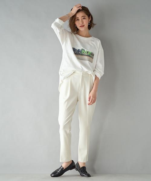 フォトプリントTシャツ×レディースパンツ