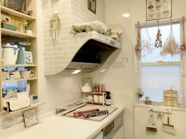 ナチュラルカントリーで可愛いキッチン実例
