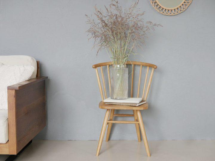無垢材の椅子5