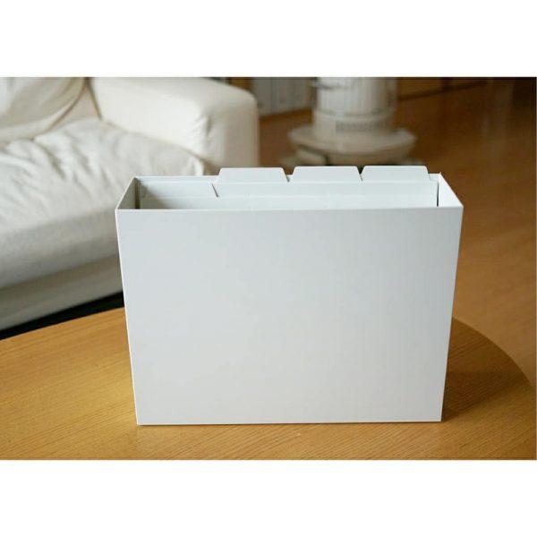 ファイルボックスの中でもパッと一目で必要な書類を取り出せます