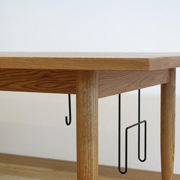 テーブル下の収納アイデア8