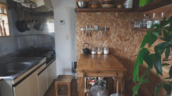 7畳向けダイニングキッチンレイアウト テーブル4