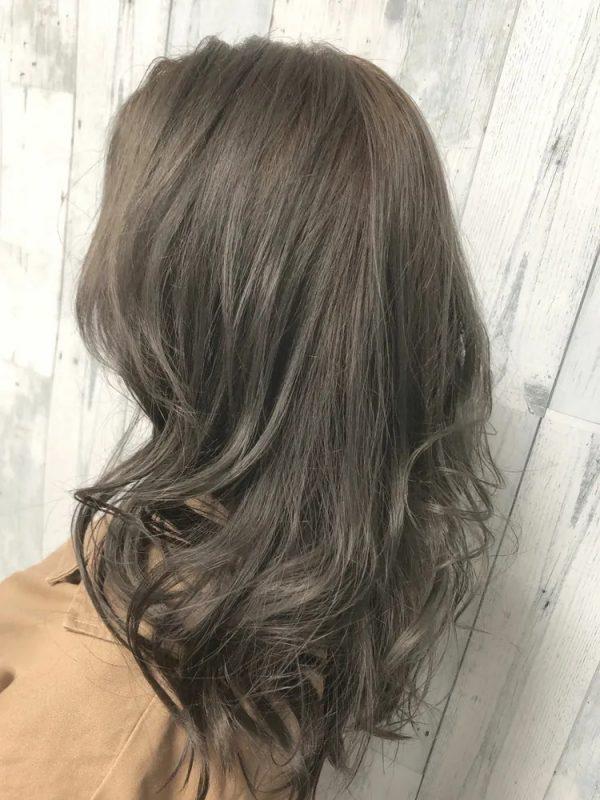 イエベ秋に似合う暗めの髪色 ロング3