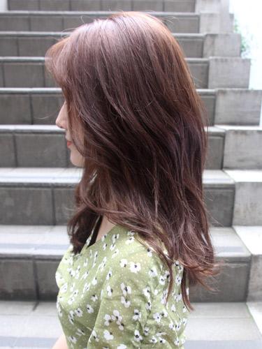 イエベ春にぴったり♪女性らしい暗めの髪色