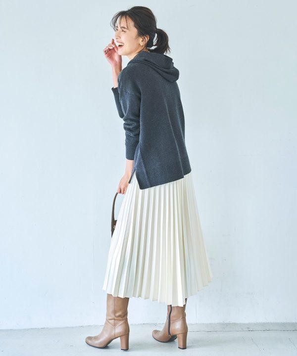 [23区] 【中村アンさん着用】サテンプリーツレザーライク スカート(番号L52)
