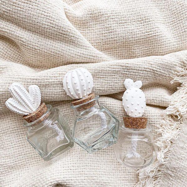 石膏フレグランスボトル