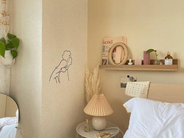 白色ランプシェードを置いたオルチャン部屋