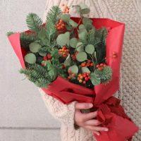 冬の季節の贈り物に、お花を。プレゼントブーケにおすすめのお花4選